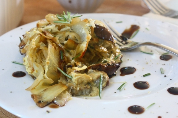 Eggplant au gratin with caramelized onions